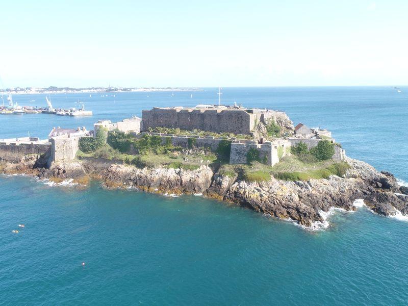 Reis Guernsey